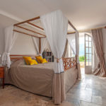 Chambre 3 lit Baldaquin